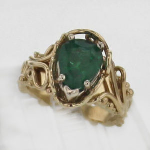 14k Yellow Gold and Natural Emerald Ring 3257