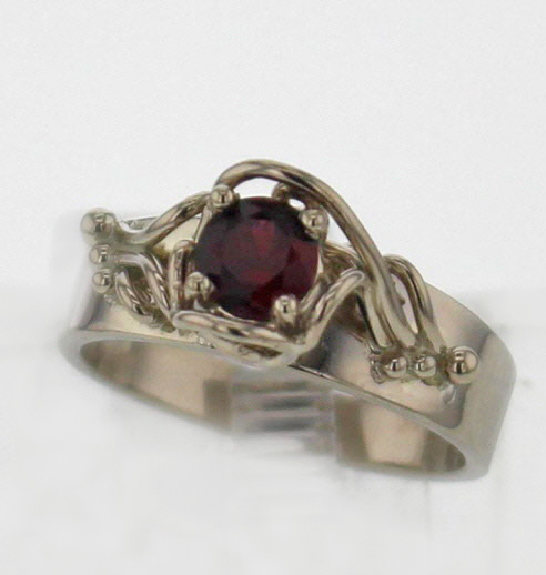 14kw Gold and Pyrope Garnet Ring $697