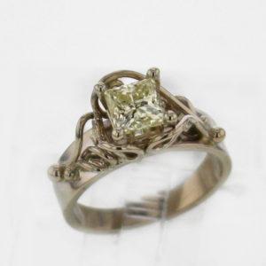 14kw Princess Cut Diamond Ring 4899